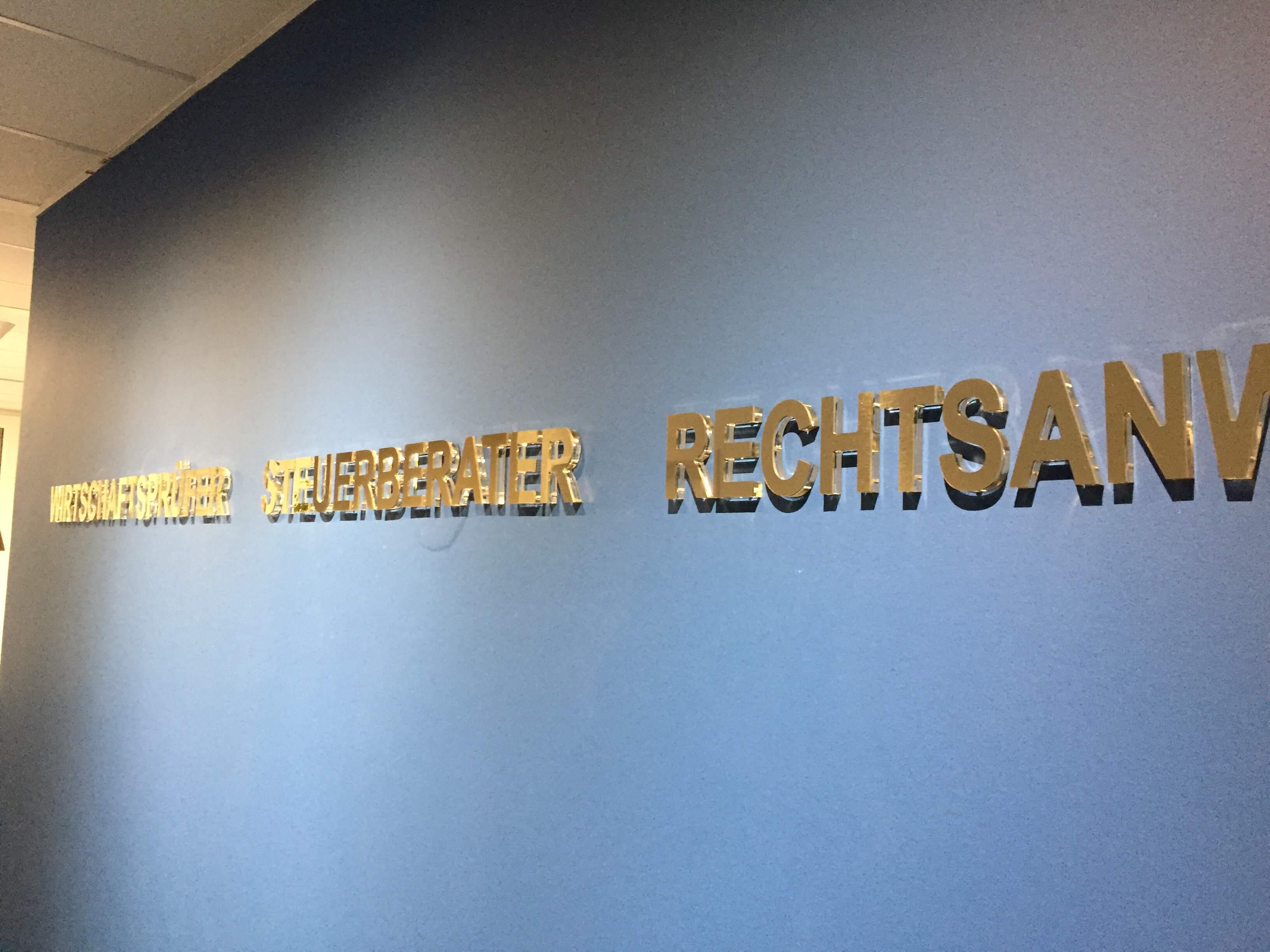 3D Buchstaben zum Bekleben - Designcon Stuttgart